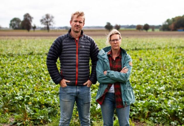 –För oss handlar det om framtidens livsmedelsförsörjning, inte bara att vår gård blir drabbad just nu. Självklart är vi inte emot utveckling och att infrastruktur och dylikt behöver byggas ut, men kommunerna måste börja göra detta på ett smartare och mer hållbart sätt, menar Joel Månsson och Emma Sandberg.