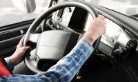 Allt fler tjejer vill köra lastbil