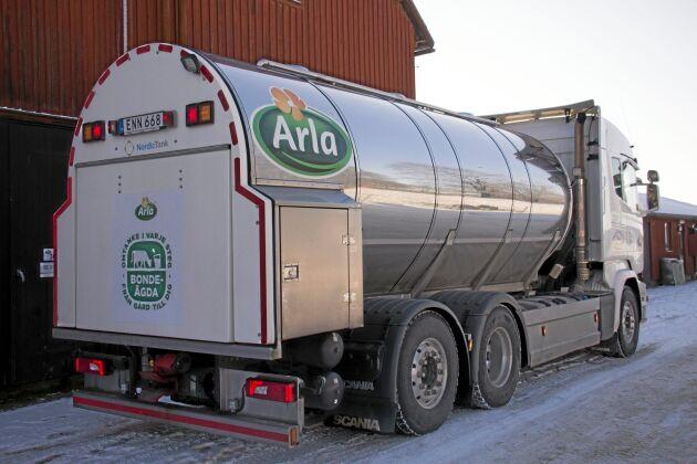 Arla meddelar ett oförändrat avräkningspris för både konventionell och ekologisk mjölk i mars.