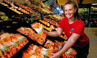 Rotfrukterna växer inte - då plockar butikerna in småpotatis