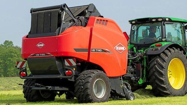 Den nya serien rundbalspressar består av två maskiner som kan producera balar med en diameter på 1,60 eller 1,85 meter.