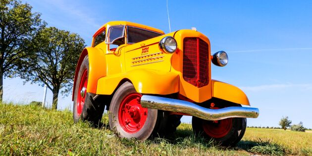 Unik traktor på svensk mark