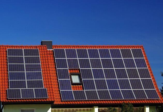 Solceller är populärt bland lantbrukare, visar en ny undersökning.
