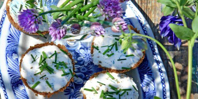 Ansjovistartletter med kaviar