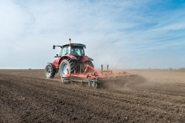 – Man ser ett stort hopp där betydligt fler blir lantbrukare innan de fyllt 40 jämfört med efter. Det kan exempelvis vara en son som jobbat som lantbrukare, men som nu tar steget och tar över, säger Martin Nordin.