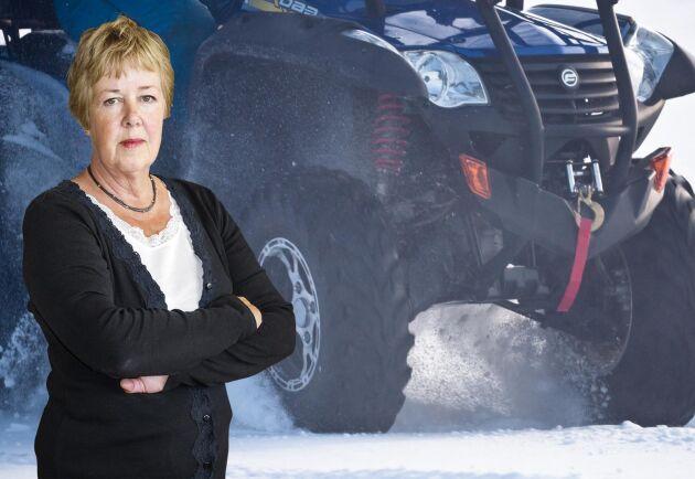 Kerstin Davidson vill se höjd säkerhet för fyrhjulingar, främst i form av vältskydd.