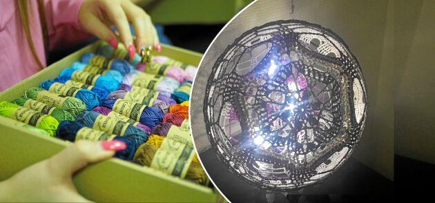 Fina garner blir en virkad boll med led-lampor i blir vinterns finaste prydnad. Den här är designas av Anna Nilsson (Annavirkpanna). Foto: Anna Nilsson.
