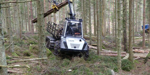 Entreprenörer satsar på små skogsmaskiner