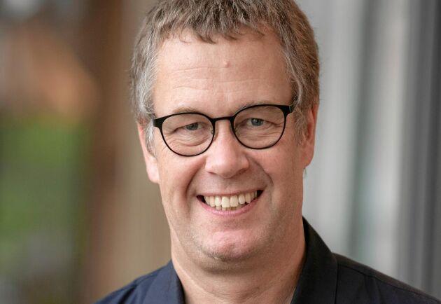 Mats Johansson, lärare och forskare på textilhögskolan i Borås, ger sina bästa tvättråd till Lands läsare.