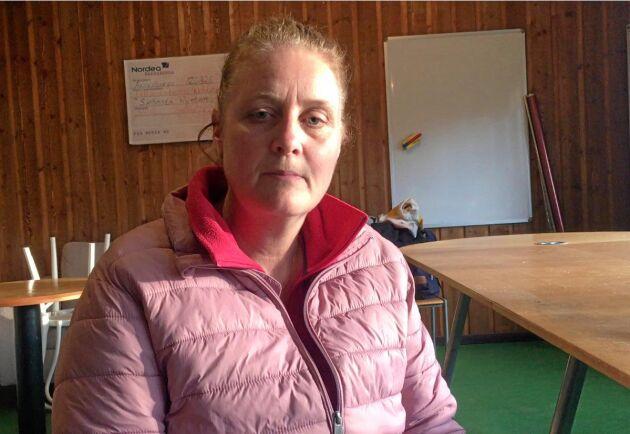– Vi, och säkert hela Hästsverige, har lärt oss att inte förringa att ta tempen på hängiga djur. Upptäcks symptomen i tid är mycket vunnet ur behandlingssynpunkt, säger Annelie Egertz, ridinstruktör på Skånsta Ryttare.