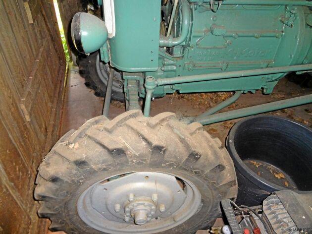 Den tyska MAN-traktorn fanns med fyrhjulsdrift vilket var en ovanlig företeelse i det svenska lantbruket. Med relativt små framhjul är det kanske inte främst dragförmågan som lockar för en köpare i dag.