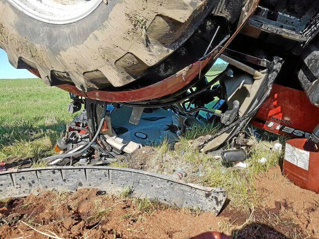 Olycka med traktor där styrningen låste sig i 40 km/tim.
