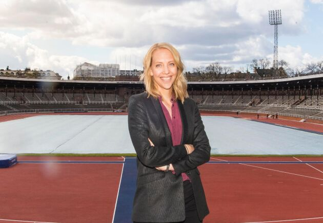 I många år var det hennes jobb att hålla ryttarstjärnan Malin Baryard Johnssons hästar i toppskick. Nu har hon sadlat om till en ny karriär som sportchef.