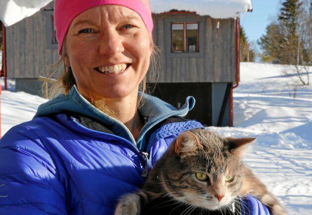 Att flytta med barn i skolåldern är något som de flesta drar sig för. Louise Östberg och hennes familj lämnade Stockholm för Funäsdalen och närheten till backen.