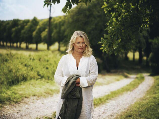 – Kvinnor med långvarig smärta har svårt att få förståelse inom vården, säger Carin Hjulström.