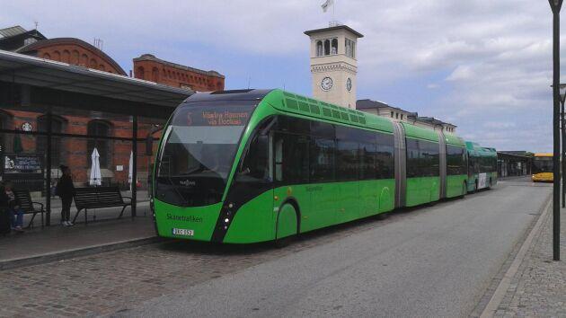 När region Skåne ville köra bussar på biogas valde man till sist att köpa från Danmark på grund av andra skatteregler berättar ordföranden för LRF i Skåne, Marianne Andersson.