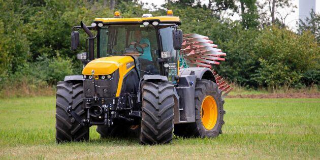 Traktortest: Landsvägslok med förmåga i fält