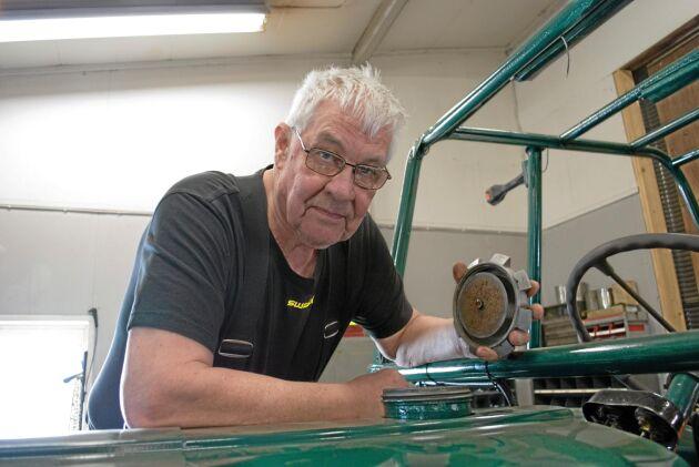 """Bengt Johansson är en av de som drabbats av att få """"kolasmet"""" i bränslesystemet. Efter flera saneringar har han ledsnat på att köpa diesel med inblandning av RME."""