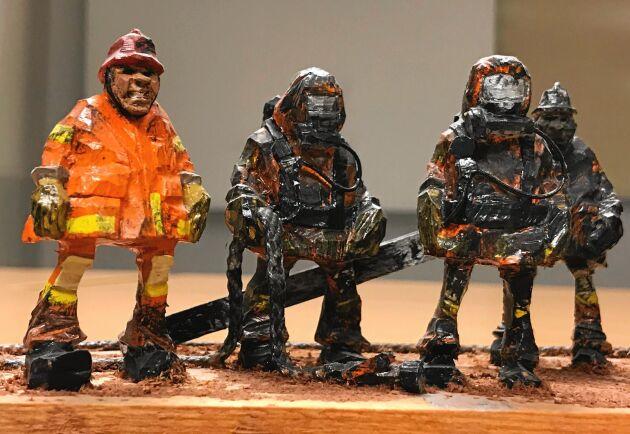 Sotiga hjältar på rad skapade av Peter Ekbäck.