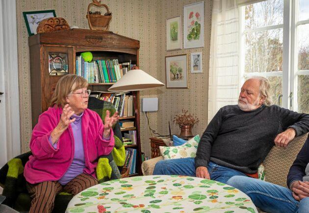 Ingela Björk Jerhamre och Stellan Björk är syskon vars familjer har haft boenden på Kråkerön i decennier. De vill kunna stycka av fastigheterna för att barn och barnbarn ska kunna föra traditionen vidare.