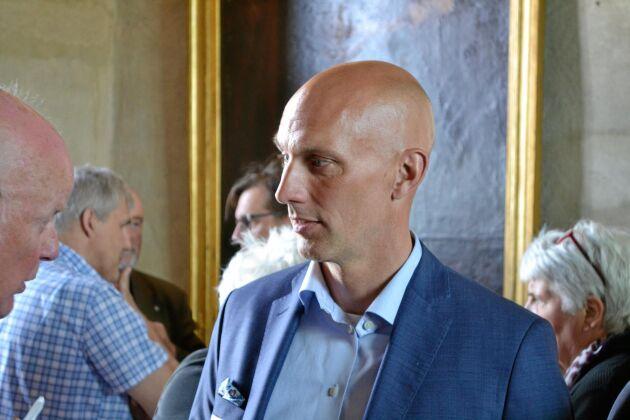 Kommer. Ny VD för Mellanskog blir Fredrik Munter, som närmast kommer från en tjänst som chef för Holmen region syd.