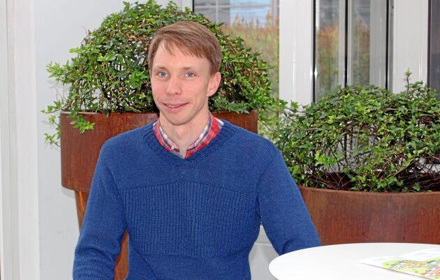 Jonas Fjertorp på Jordbruksverket är projektledare för tävlingen Framtidens lönsamma djurstallar.
