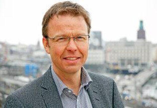 """""""Den svenska marknaden fungerar bra men för att få en bättre utveckling, högre transparens och större volymer behövs börshandel"""", säger Gustav Melin."""