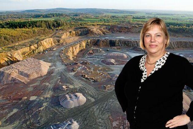 Det är orimligt att minerallagen inte tar hänsyn till markägarens möjlighet att driva och utveckla sitt företag, skriver Lena Johansson.