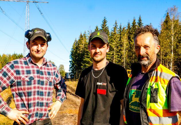 Familjen Johansson i Stenungsund har ett fantastiskt intresse för gamla stora skogsmaskiner.