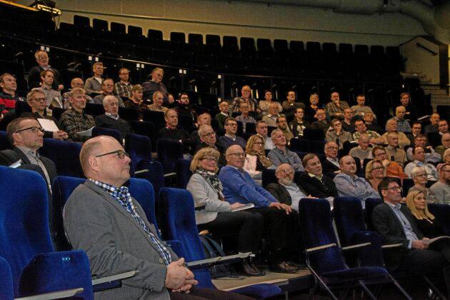 Lantmännen Skaraborgs distriktsstämma. Omvalde ordföranden Inge Erlandsson i förgrunden.
