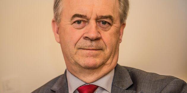 Buchts förhoppning: Krisstödet finns med i januaribudget