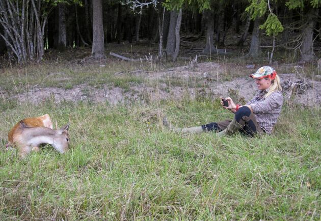 Den moderna jägaren, jakten ska förevigas och sedan berättas om på Instagram eller på plattformen Jagiska. Att inspirera är viktigt för Josefin Wallin.