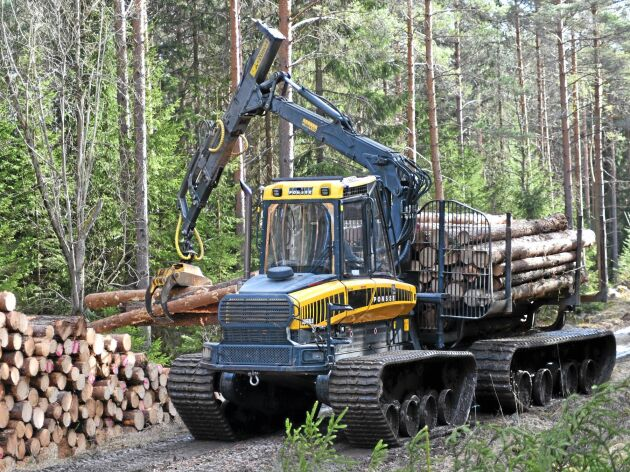 Bandat. Just nu körs Ontrack på riktiga drivningsarbeten i Uppland.