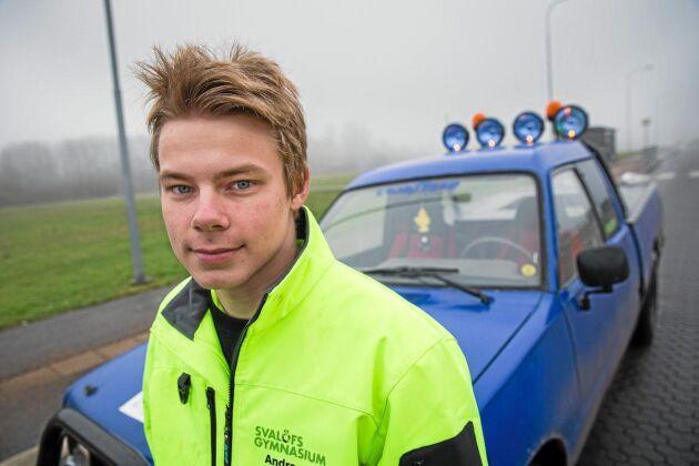 Andreas Edman tycker regeringens besked kring A-traktorer och epa-traktorer är både positivt och negativt.