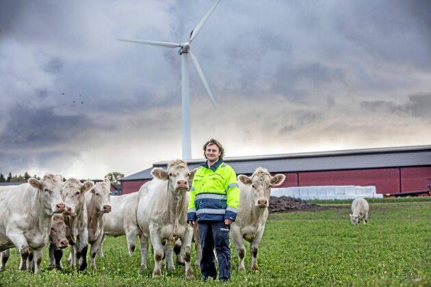 Johan Tevell som har en av pilotgårdarna, Hägvards Gård, i projektet Fossilfritt kött på Gotland.
