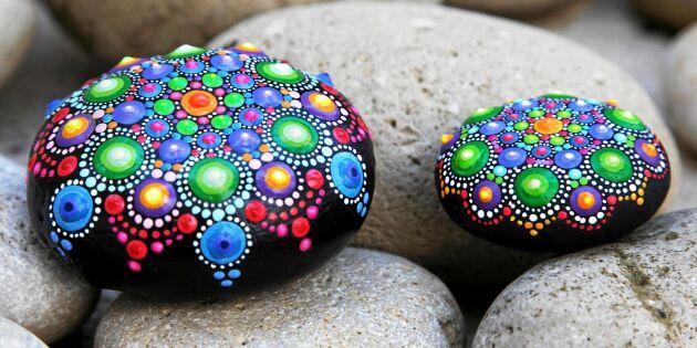 Så målar du mandala på sten