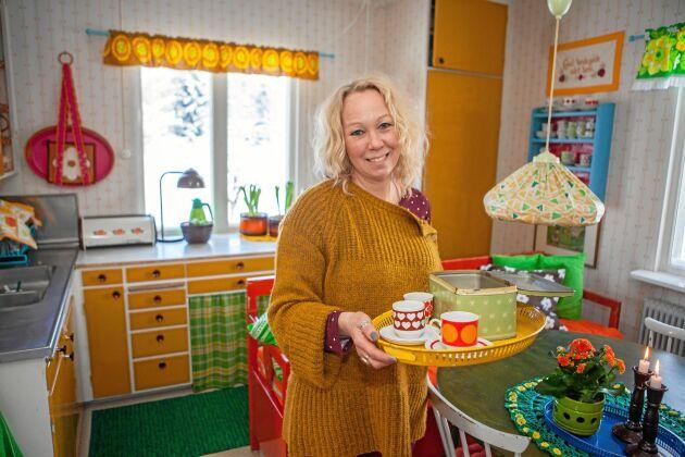 Linda gillar att inspirera andra, via sociala medier, att våga tänka färgglatt och personligt.