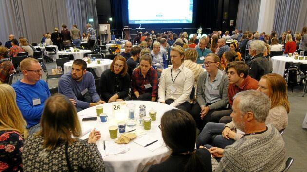 Deltagarna fick uppgifter att lösa tillsammans. – Grupperna hade personer från olika arbetsplatser och områden, samt minst en student, säger Kristin Olsson.