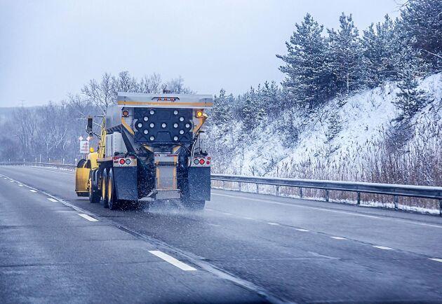 120 kommuner köpte in vägsalt för 15 miljoner, som egentligen borde ha kostat 100 000 kronor. Foto: Istock